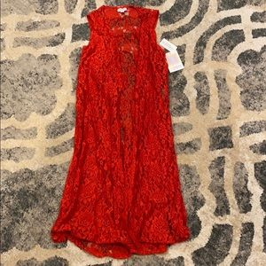 ❤️ BNWT Red lace vest ❤️